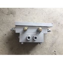 Marine hydraulic emergency valve block